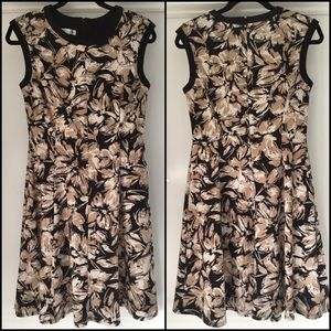 London Times Fit & Flare Neutral Color Print Dress